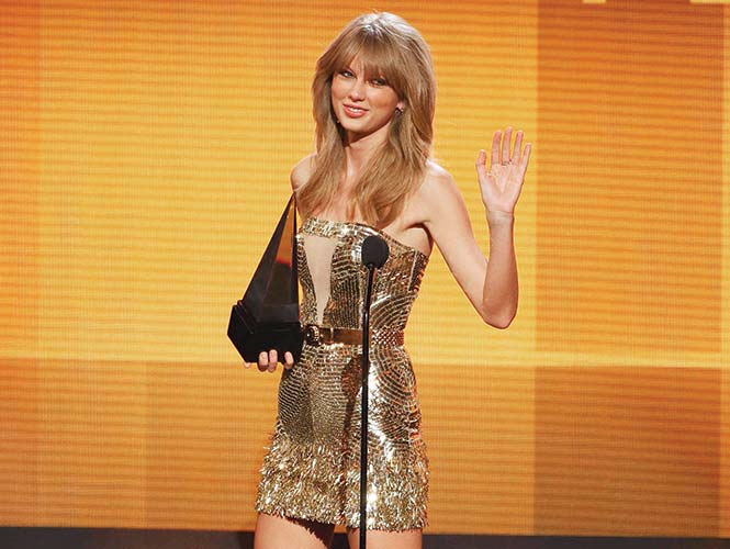 Taylor Swift, la Artista del Año en los American Music Awards