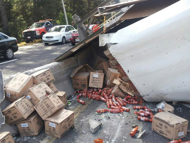 Accidentes De Trailers En Mexico http://www.excelsior.com.mx/comunidad/2013/04/01/891733